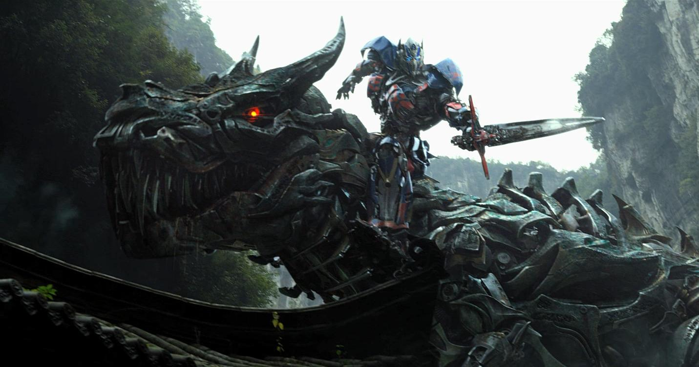 Optimus prime riding a giant dinosaur in latest trailer - Dinosaure transformers ...