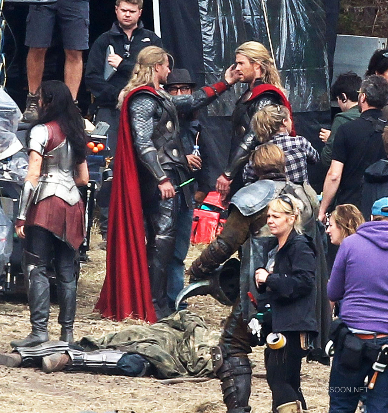 Movie News: Thor 2 Gets Release Date + Director Photo