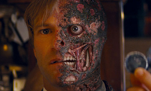 Two Face to return for Dark Knight sequel